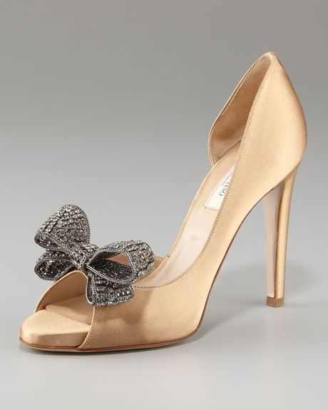 Valentino Jewelry Couturebow Dorsay Pump in Gold (beige ...