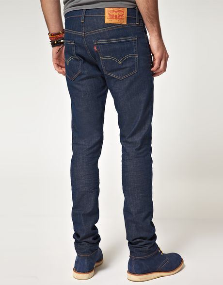 Levi's Men's Slim Fit Jeans Stretch, Brushed Burgundy-Stretch, 38 34 A modern slim with room to move, the slim fit jeans are a classic since right now. These jeans sit below the waist with a slim fit from hip to ankle.