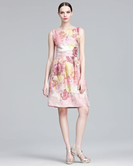Lela Rose Floraljacquard Sheath Dress in Pink (peony multi)