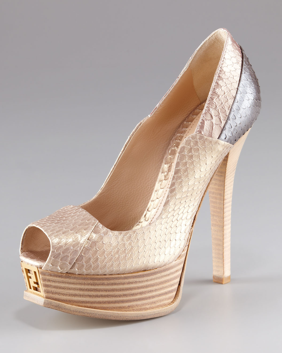 5041e2fb4e0 Lyst - Fendi Fendista Snakeskin Platform Pump in Natural