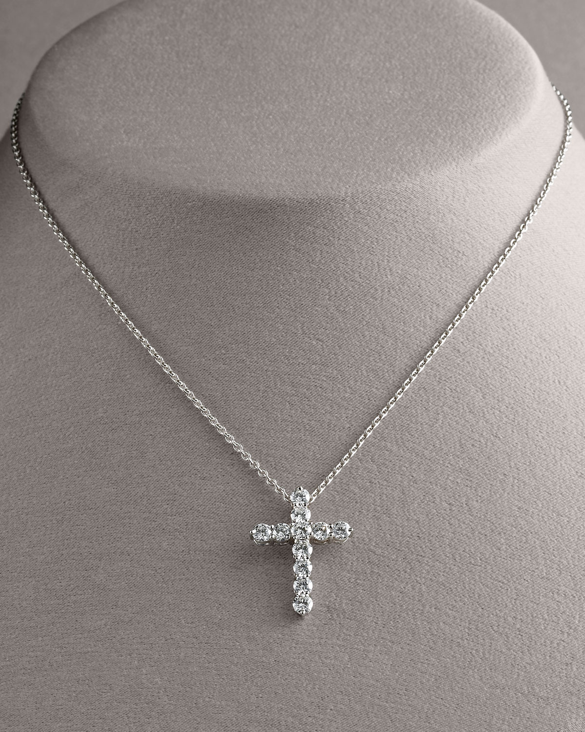 lyst roberto coin diamond cross pendant necklace large. Black Bedroom Furniture Sets. Home Design Ideas