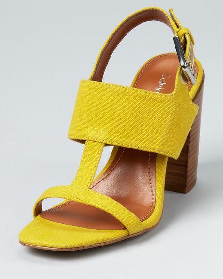 Calvin Klein Sandals Lanette Chunky Heel In Gray Yellow