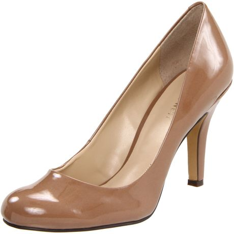 Nine West Nine West Womens Ambitious Pump in Brown (light brown patent synthetic) - Lyst