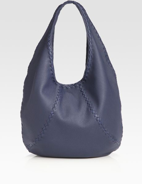 Bottega Veneta Cervo Large Leather Hobo Bag in Blue (navy)