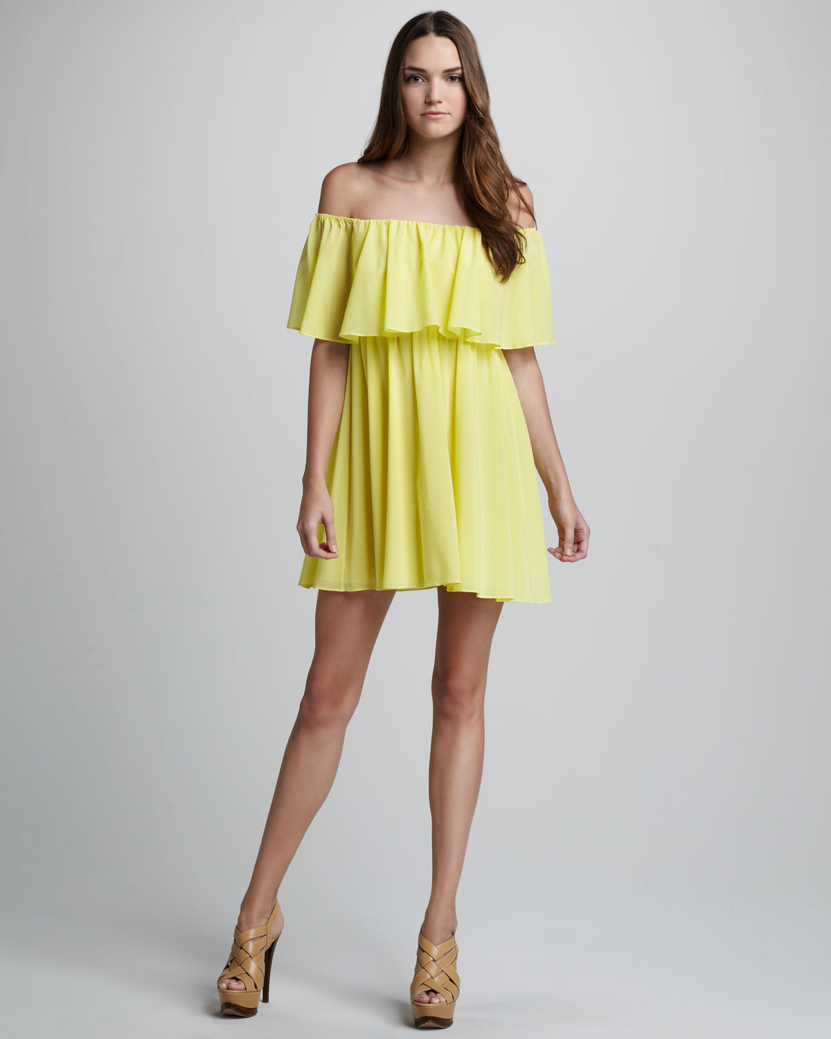 Alice + olivia Shari Off The Shoulder Dress in Yellow | Lyst