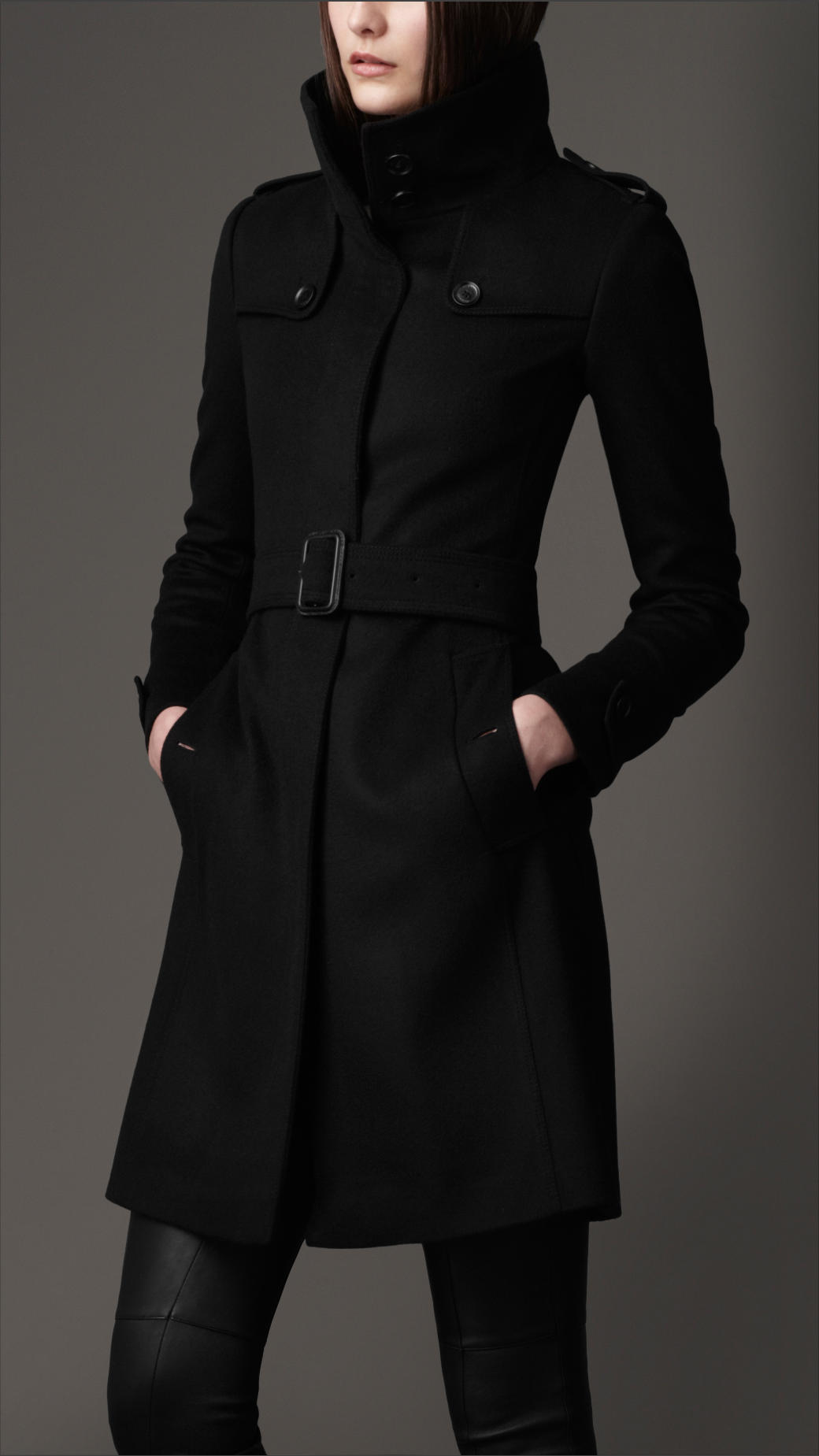 Burberry Virgin Wool Fitted Coat in Black | Lyst