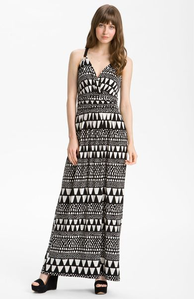 Vince Camuto Geo Stripe Maxi Dress in White (rich black) - Lyst