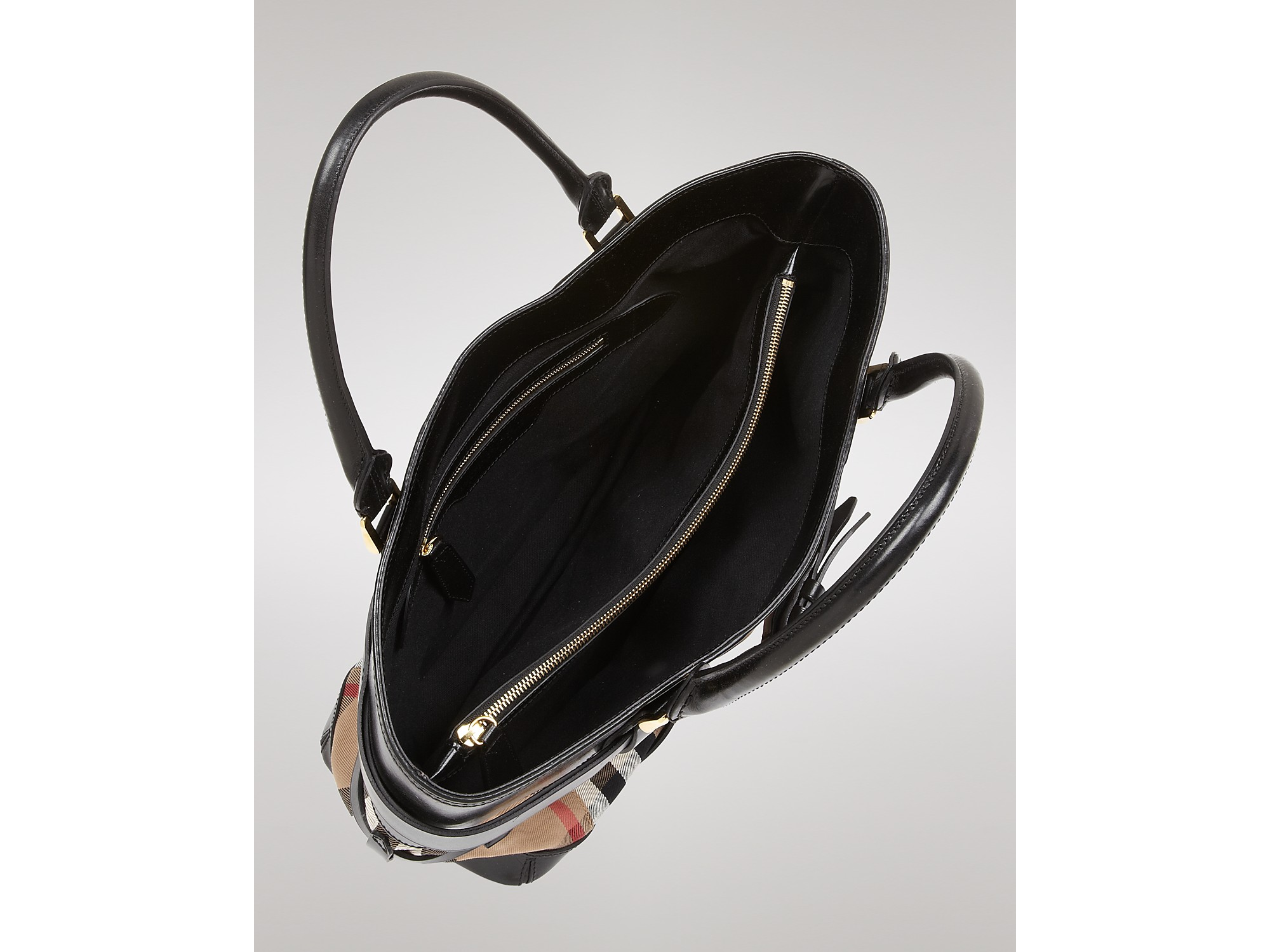 Lyst - Burberry Tote Bridle House Check Medium Lynher in Black 236437ea20