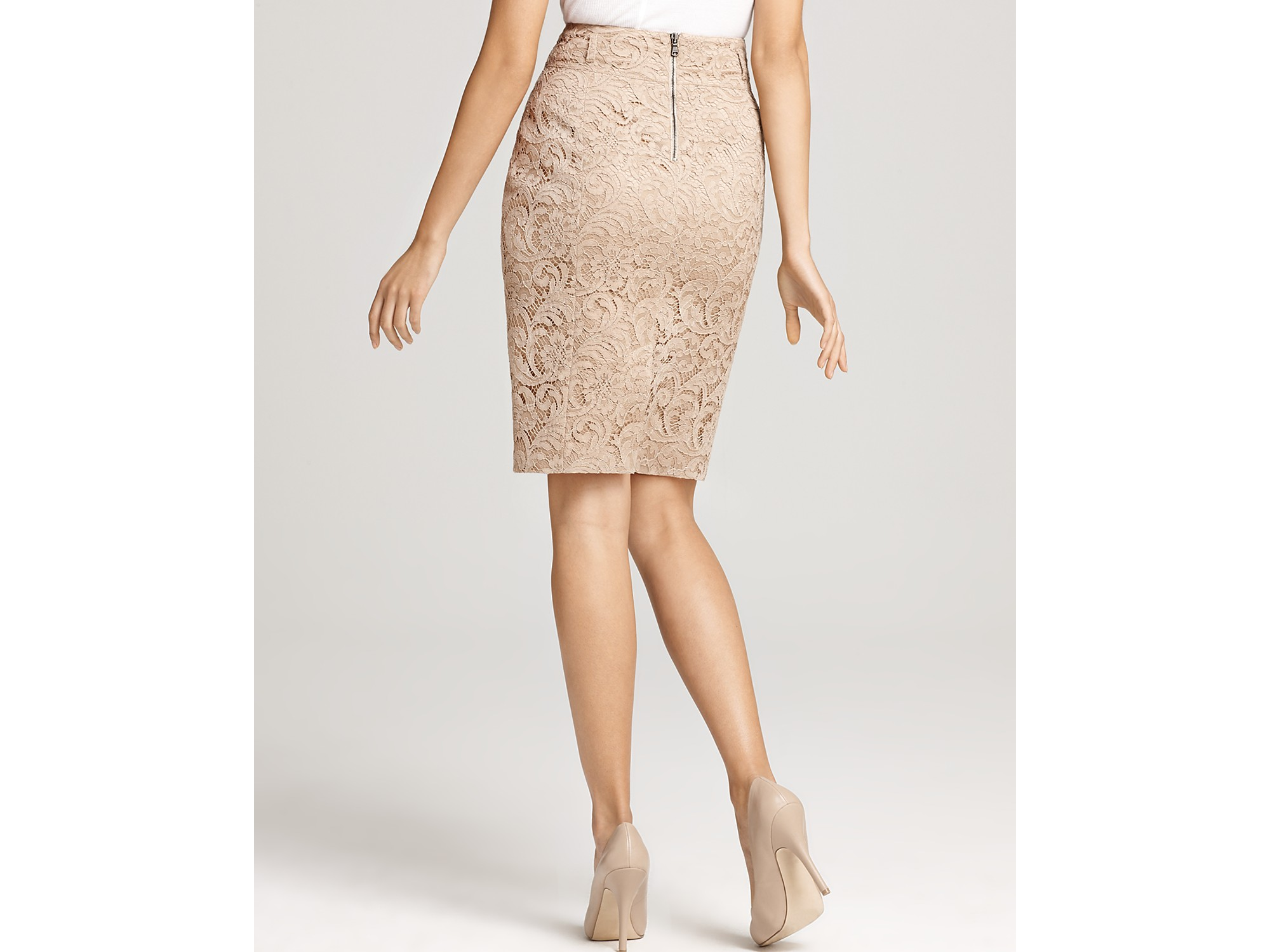 6bd5dbc6d6 Burberry London Nude Lace Skirt in Natural - Lyst