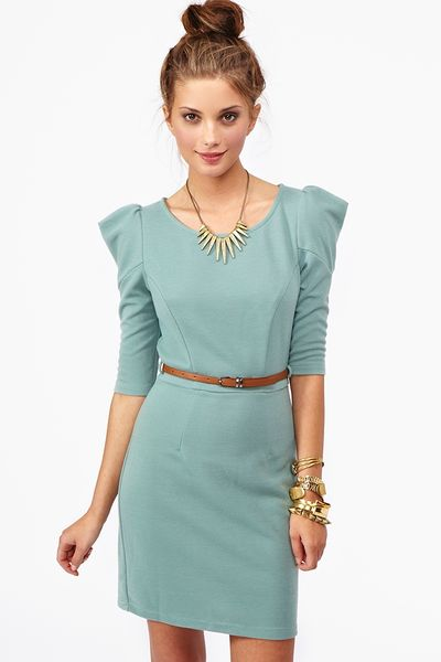 Nasty Gal Ivy Belted Dress in Green (sage)
