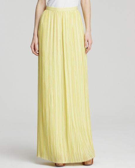 maxi skirt viva pleated in yellow light