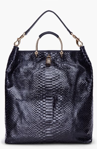 Mulberry Ink Blue Scaled Hetty Hobo in Blue (ink)