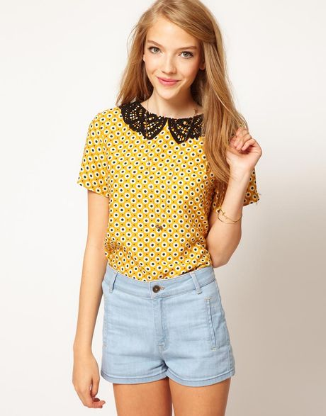 Asos Collection Asos Top With Daisy Print And Crochet Collar in Yellow (multi)