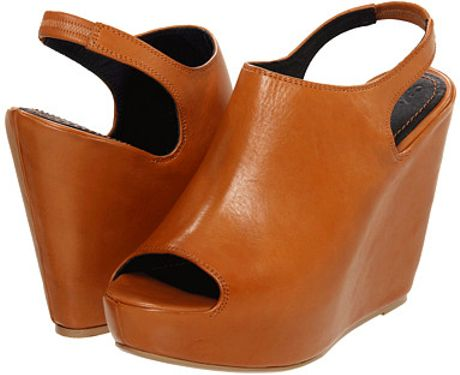 Elizabeth And James Holly Platform Sandals in Brown (cognac)