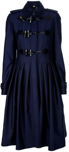 Burberry Toggle Coat in Blue (navy)