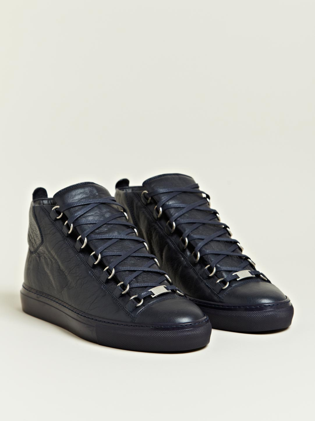 Shop men's sneakers & athletic shoes at Saks Fifth Avenue. Enjoy free shipping on all orders.