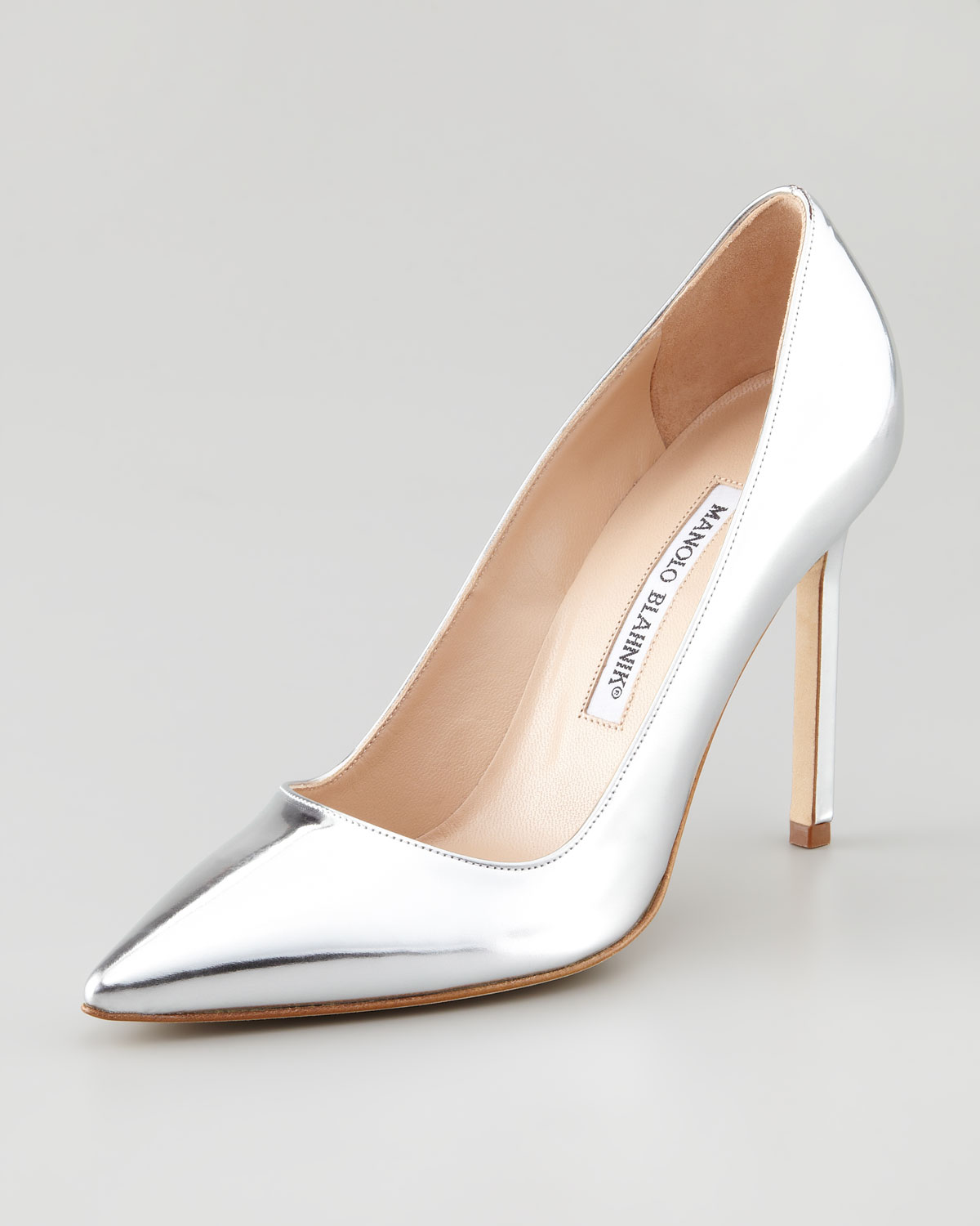 2c0186a04d9 Lyst - Manolo Blahnik Bb Pointtoe Metallic Pump Silver in Metallic