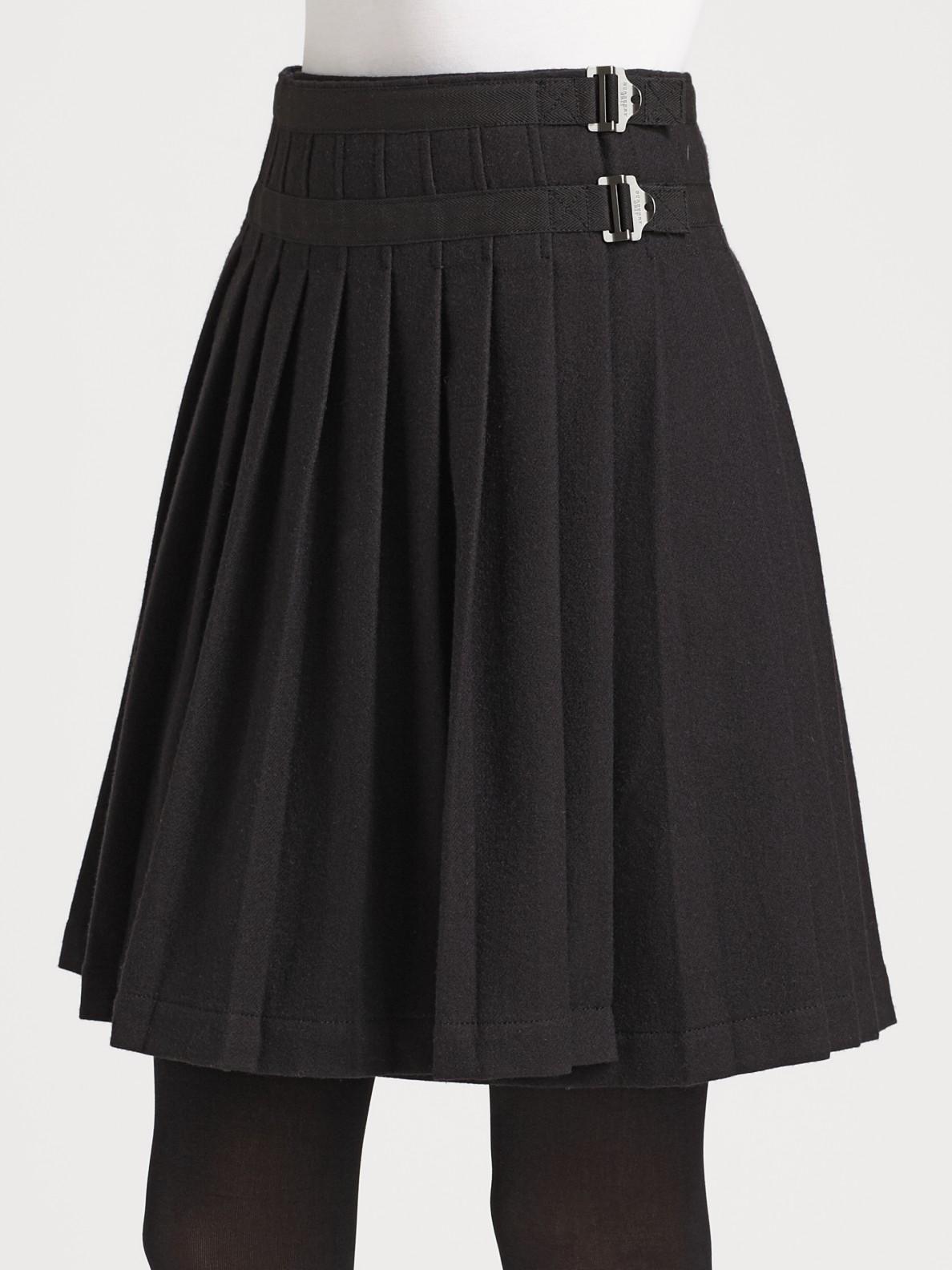 Burberry brit Pleated Kilt Skirt in Black | Lyst