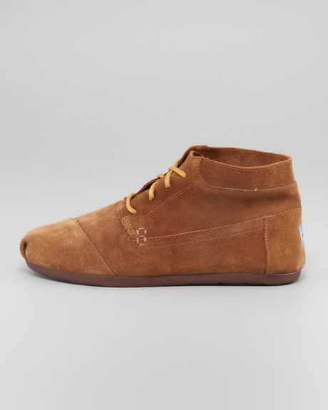 toms suede chukka boot in brown for lyst
