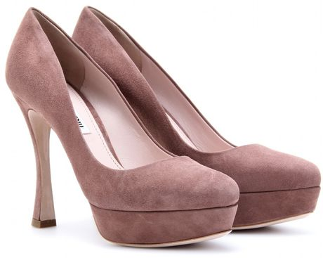 Miu Miu Suede Platform Pumps in Pink (rose)