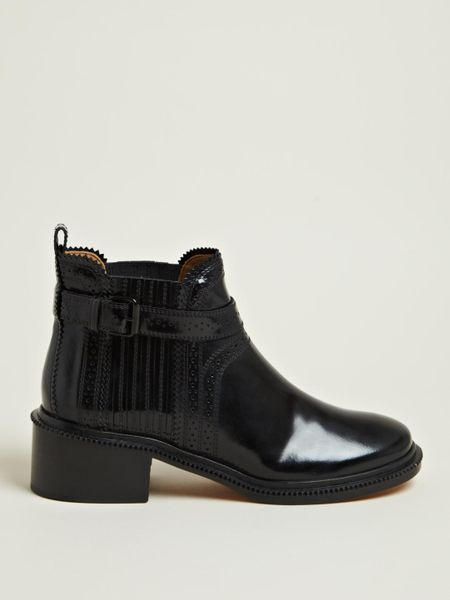 Givenchy Givenchy Womens Spazz Leather Ankle Boots in Black