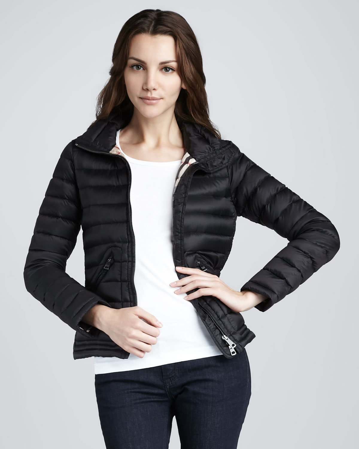Burberry brit Light Weight Puffer Jacket in Black | Lyst