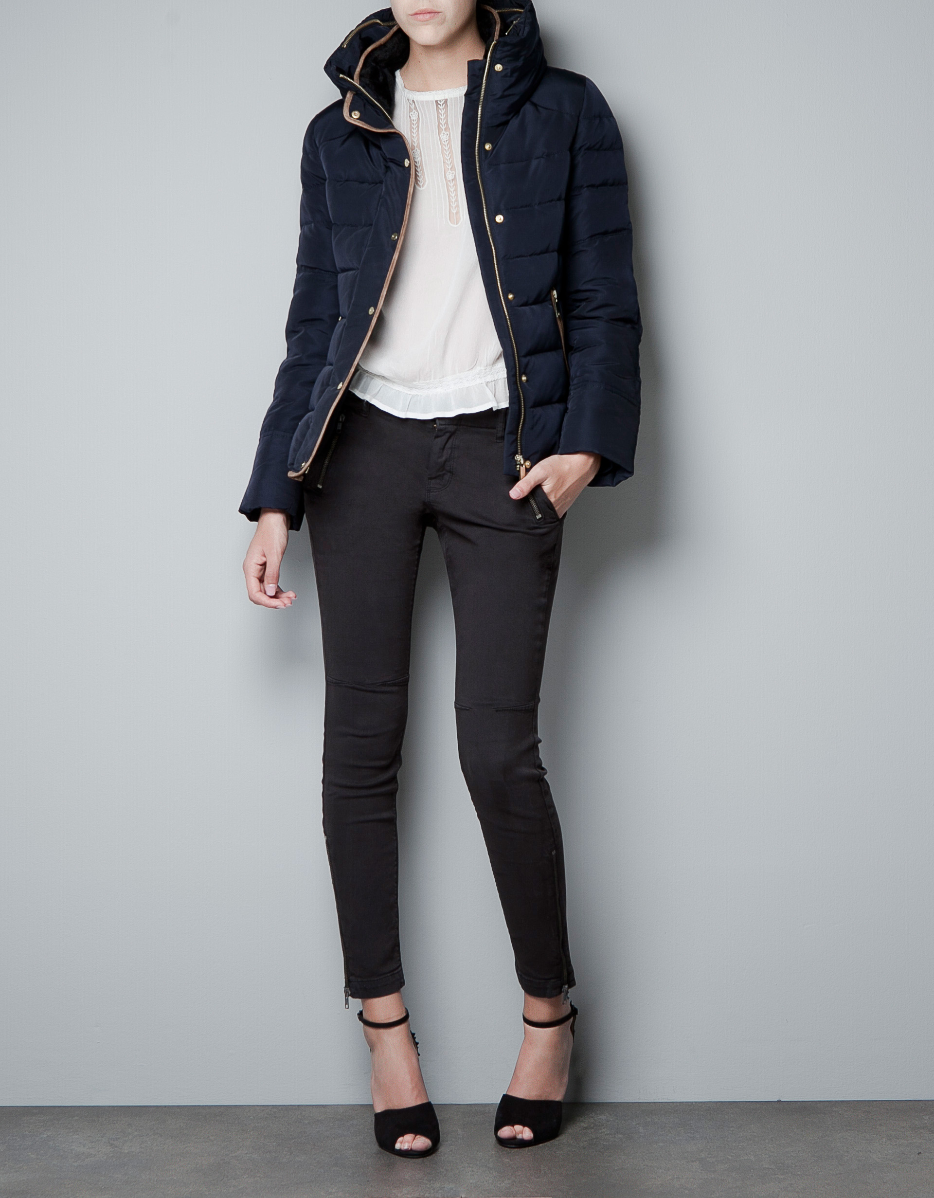 Zara Short Puffer Jacket with Fur Collar in Blue | Lyst