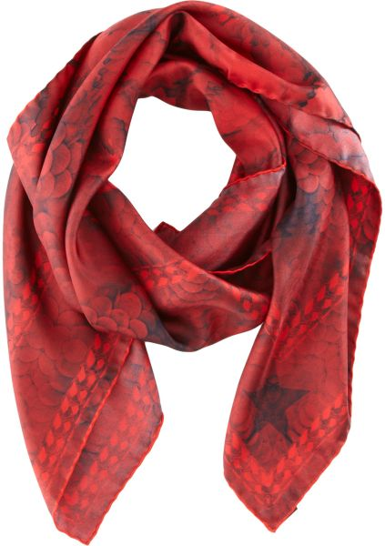 Givenchy Paillettes Paradise Scarf in Red (powder)