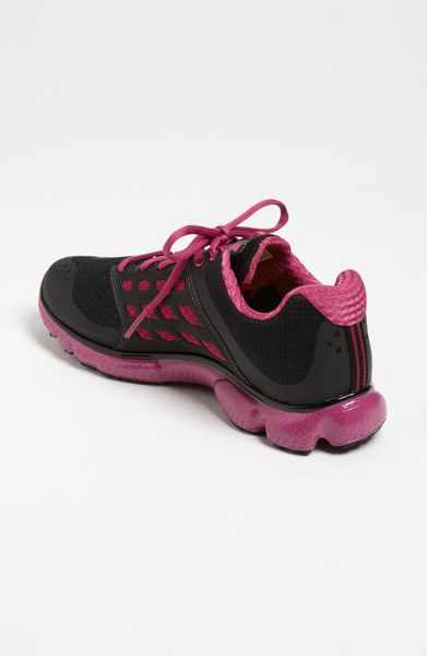 Model Pink Under Armour Shoes  Nina39s Pins  Pinterest