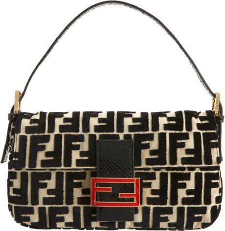 Fendi Python Strap Velvet Baguette Bag in Beige (gold)