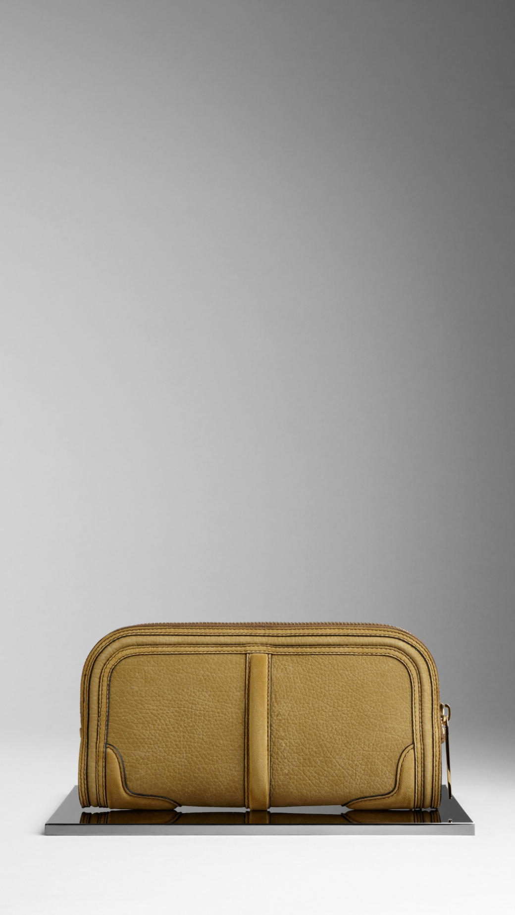 chaussures de sport f9348 ceb4e Burberry Country Animal Suede Nubuck Clutch Bag in Yellow - Lyst