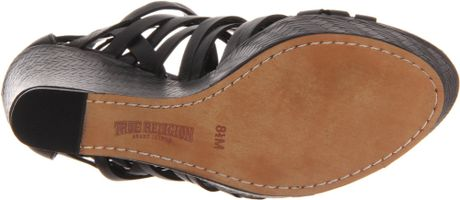 True Religion True Religion Womens Sage Wedge Sandal In