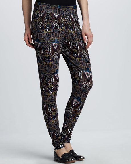 Velvet By Graham & Spencer Printed Pleated Skinny Pants in Multicolor (navy)