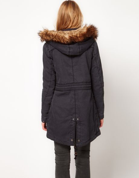 hilfiger denim parka with detachable hood and faux fur in. Black Bedroom Furniture Sets. Home Design Ideas