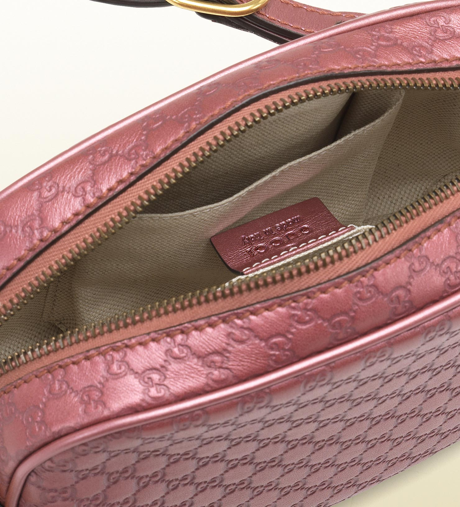 15509f5638e87 Gucci Sunshine Dark Pink Metallic Microguccissima Disco Bag in Pink ...