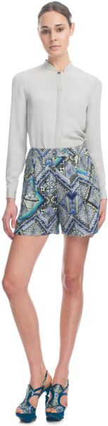 Matthew Williamson Raj Linen Tailored Shorts in Blue