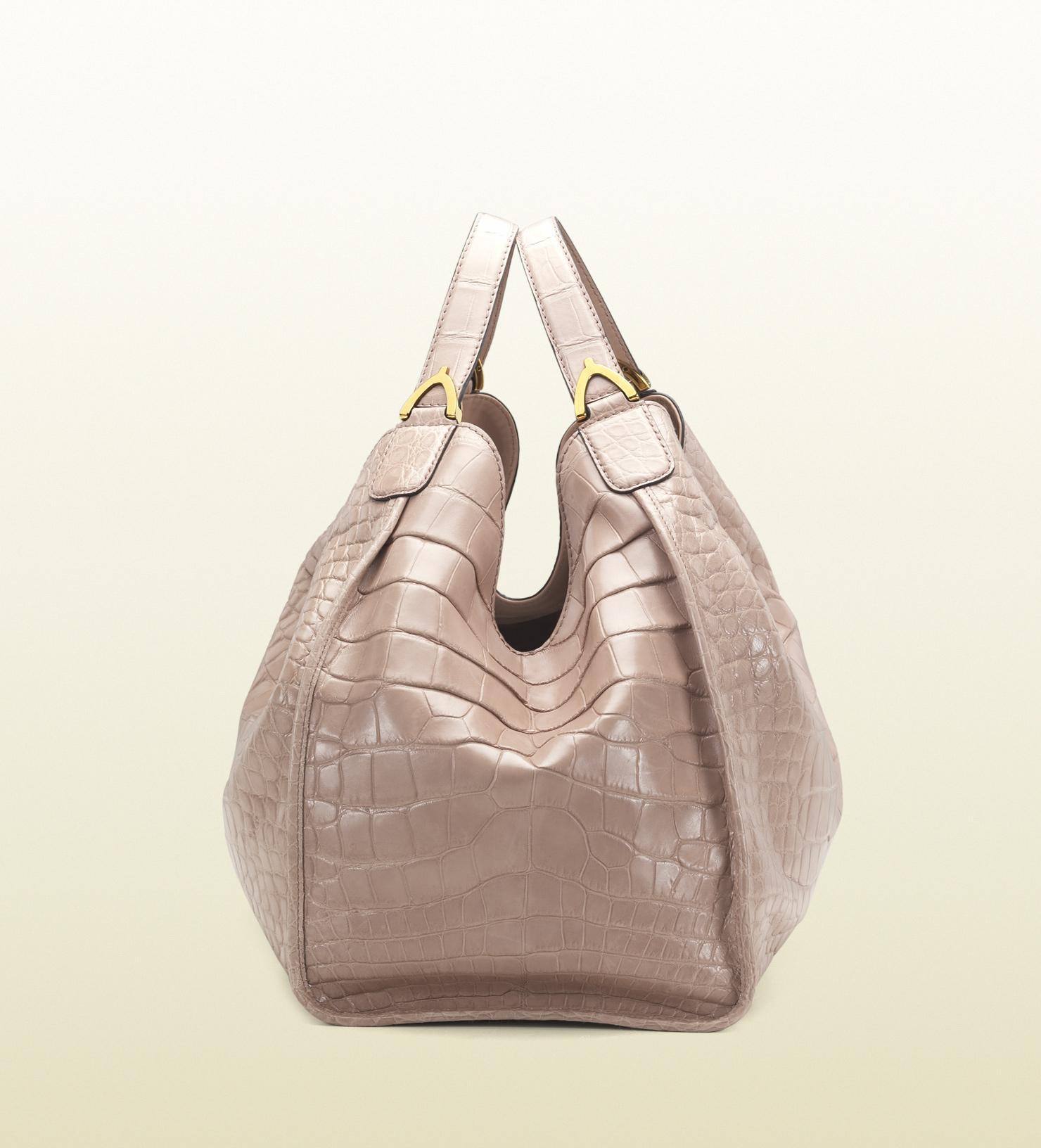 f7bd423b0a54f Lyst - Gucci Soft Stirrup Light Pink Crocodile Shoulder Bag in Pink