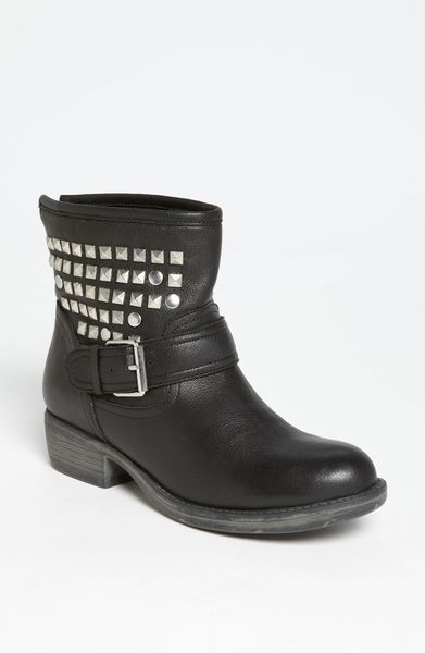 Steve Madden Outtlaww Boot in Black (black leather)