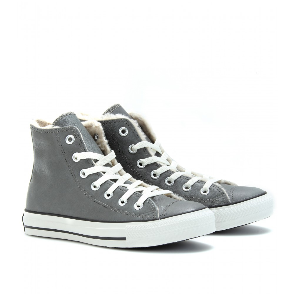 0fdb9a42b4df Lyst - Converse Chuck Taylor All Star Shearling Lined Hightops in Gray