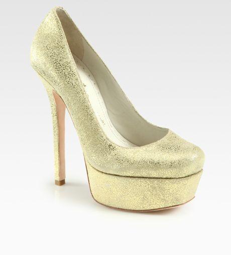 Alice + Olivia Larimore Metallic Suede Platform Pumps in Gold