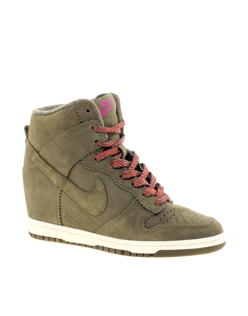 new concept 151d7 c2b1c Gallery. Women s Nike Dunk