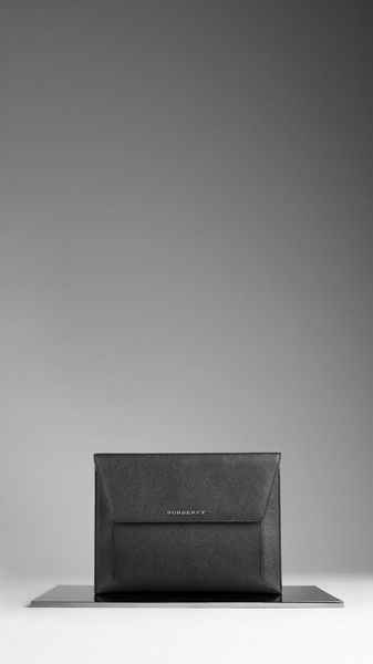 Burberry London Leather Digital Case in Black for Men - Lyst