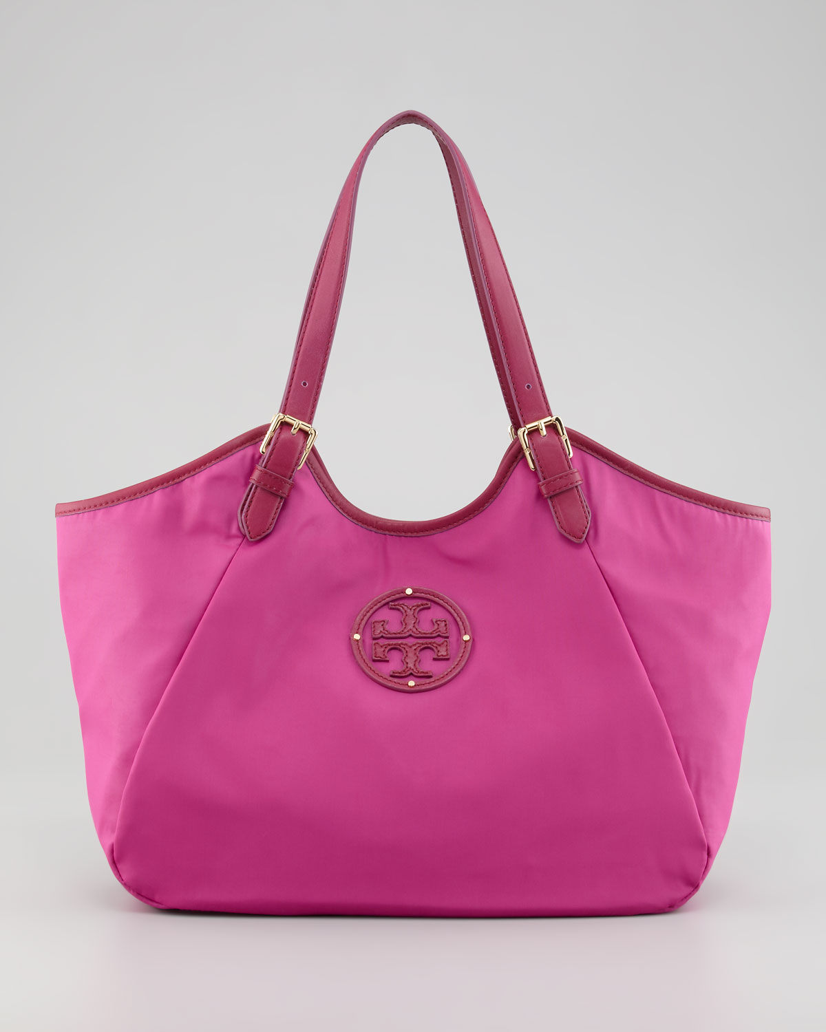 Tory burch Logo Techfabric Slouch Hobo Bag in Pink | Lyst