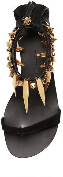 Giuseppe Zanotti 10mm Suede Metal Charm Sandals In Black