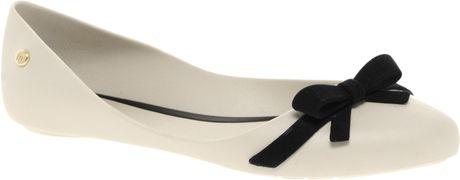 Melissa Trippy Bow Ballet Flats in Beige (cream)