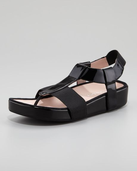 Taryn Rose Adam Elastic Patent Thong Sandal Black In Black