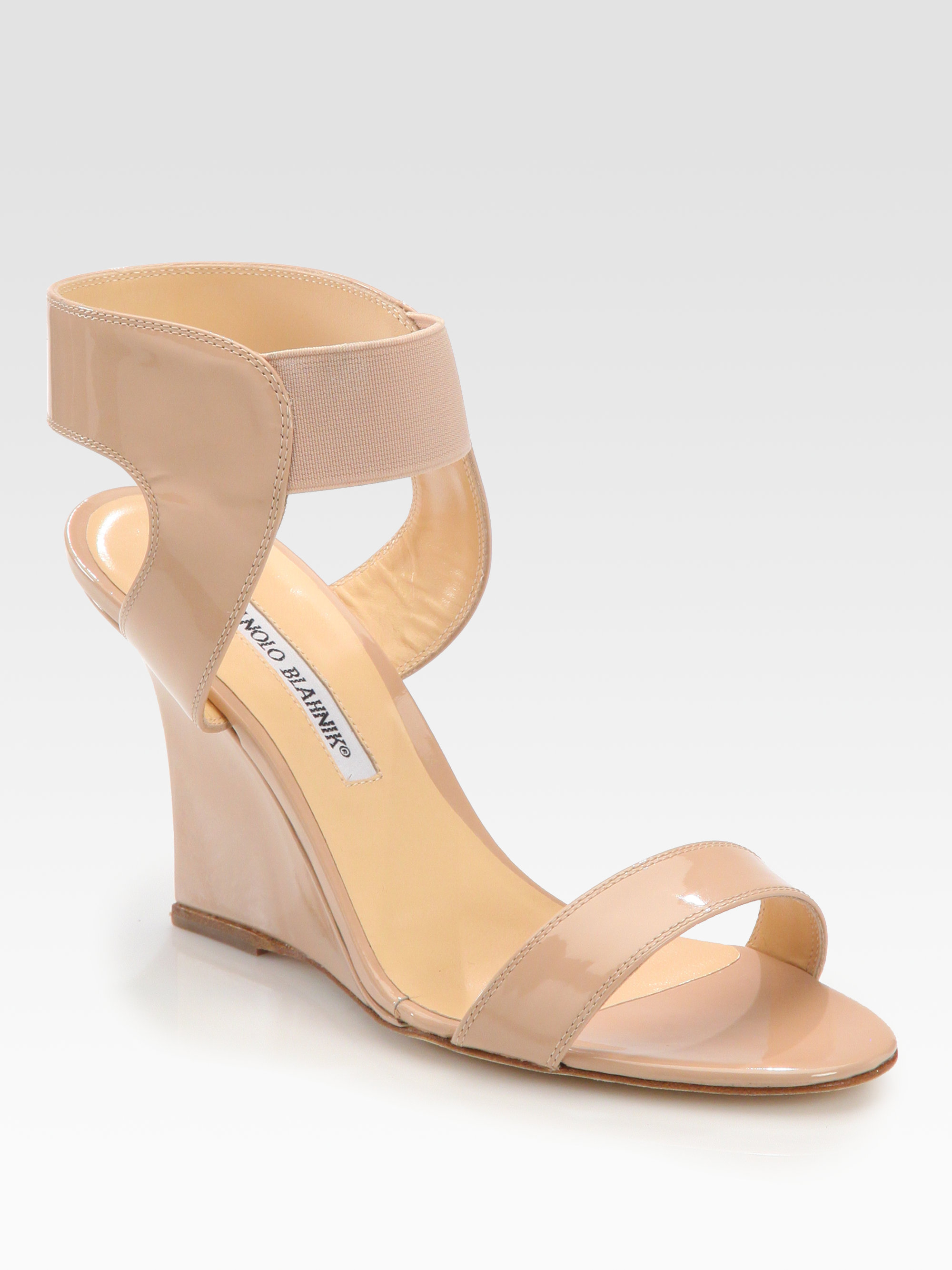 ffd24880d405c Manolo Blahnik Pepewe Patent Leather Wedge Sandals in Natural - Lyst