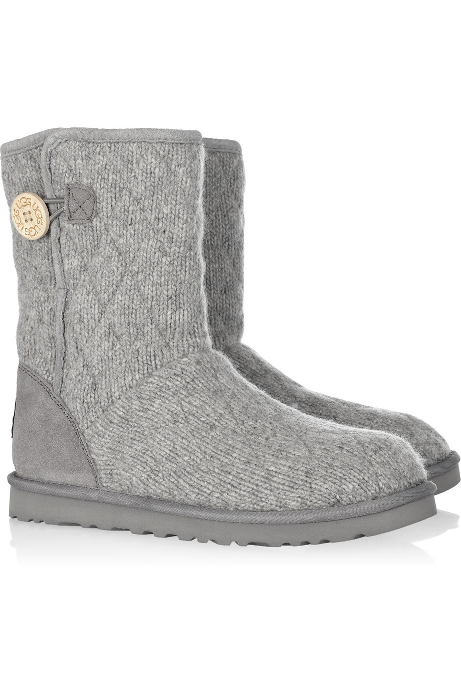 grey knitted ugg boots