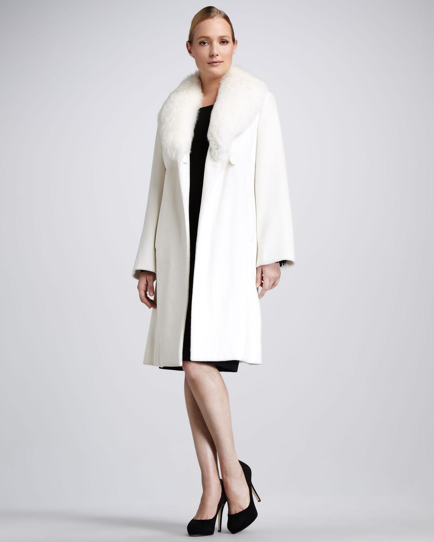 Sofia cashmere Fur collar Felt Coat in White | Lyst