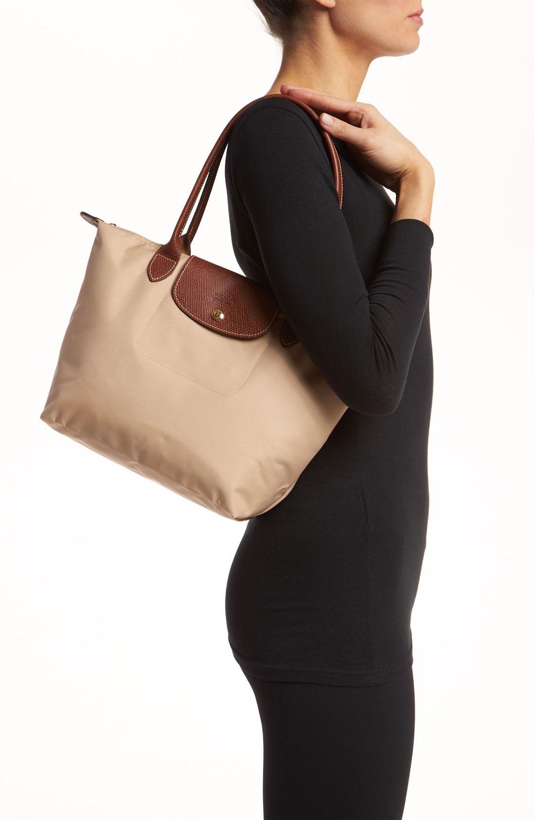longchamp le pliage medium shoulder tote in beige natural. Black Bedroom Furniture Sets. Home Design Ideas